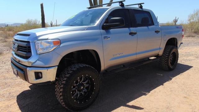 2015 Toyota Tundra TRD Off-Road CrewMax 5.7L 4x4 Lifted
