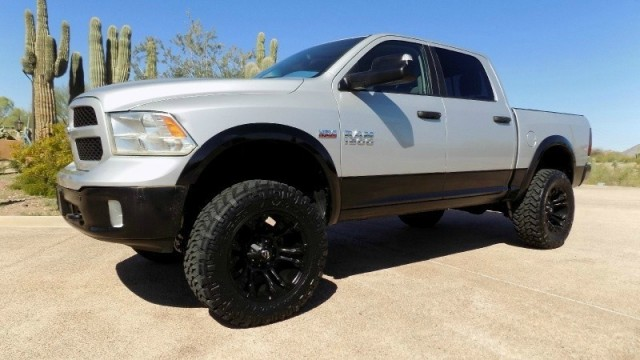 2014 Dodge Ram 1500 Outdoorsman Crew Cab 4WD Lifted