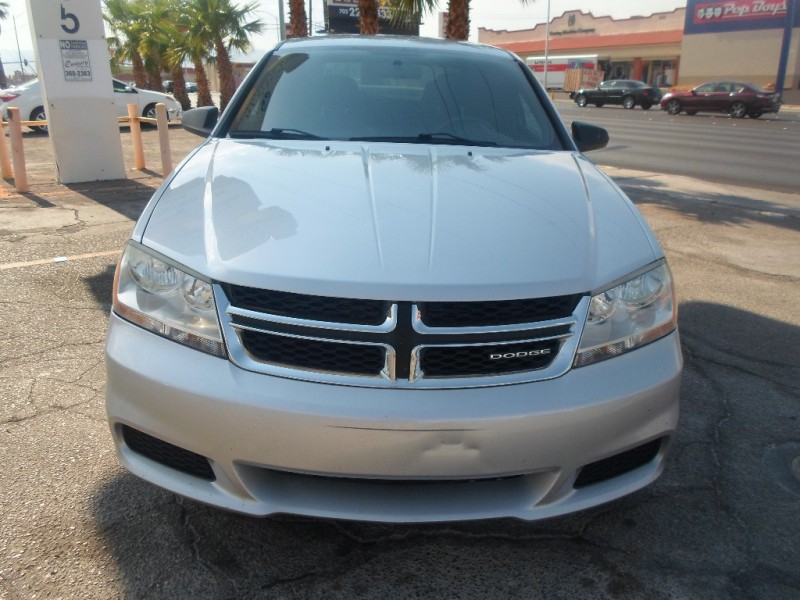 Dodge Avenger 2011 price $5,995