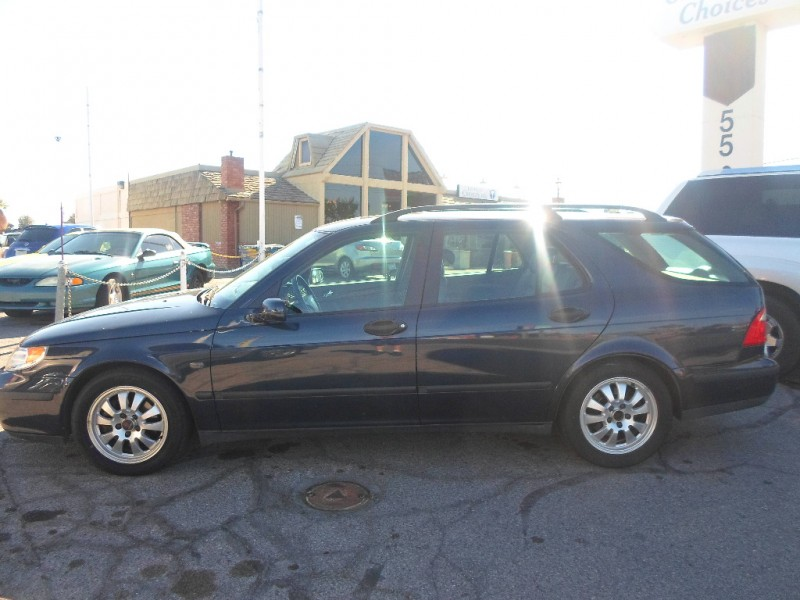 Saab 9-5 2004 price $3,495 Cash