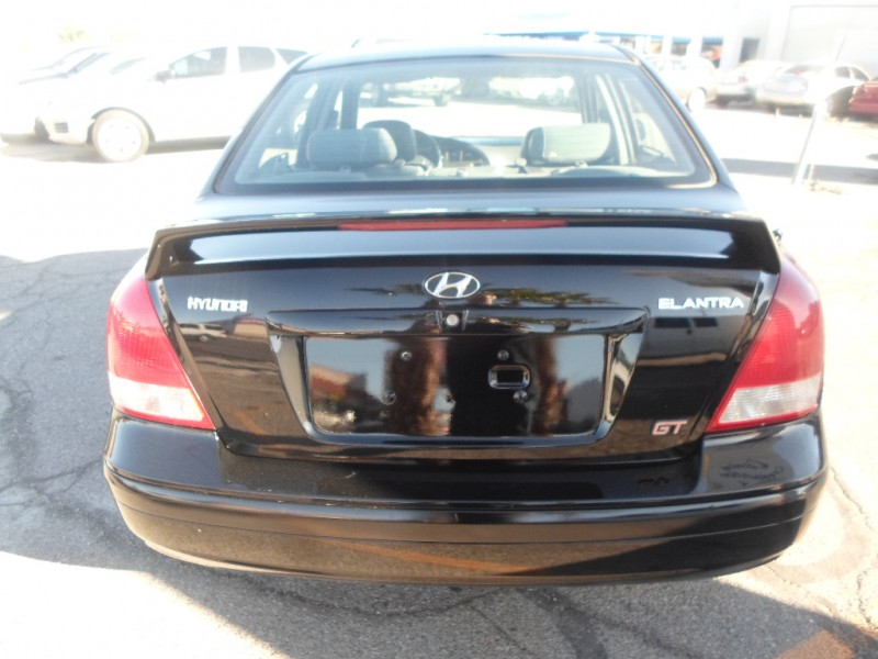 Hyundai Elantra 2003 price $2,995 Cash