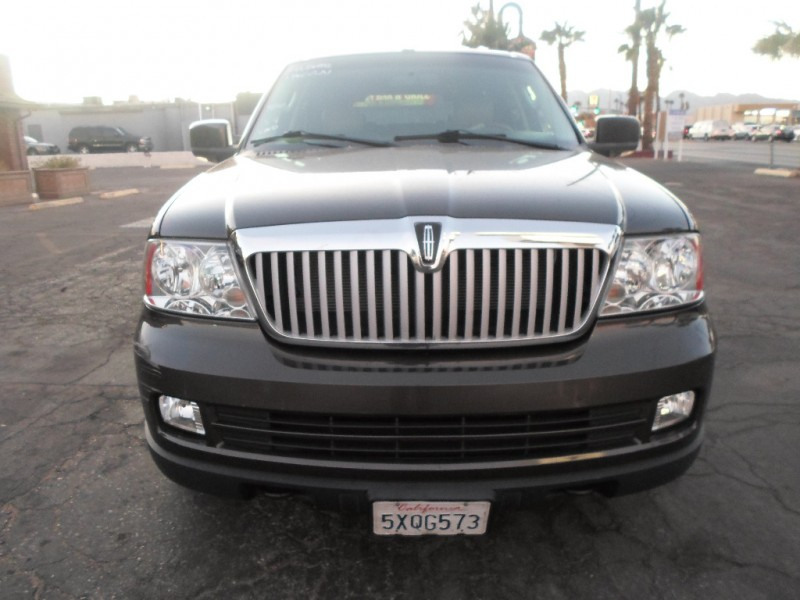Lincoln Navigator 2006 price $5,495 Cash