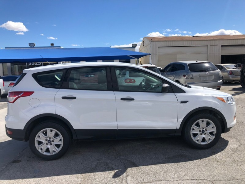 Ford Escape 2014 price $9,995 Cash