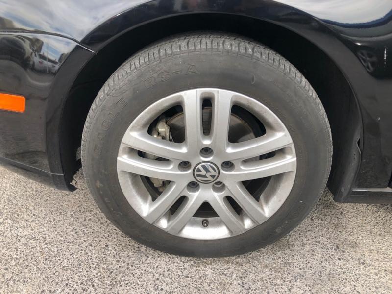 Volkswagen Jetta Sedan 2007 price $4,995 Cash