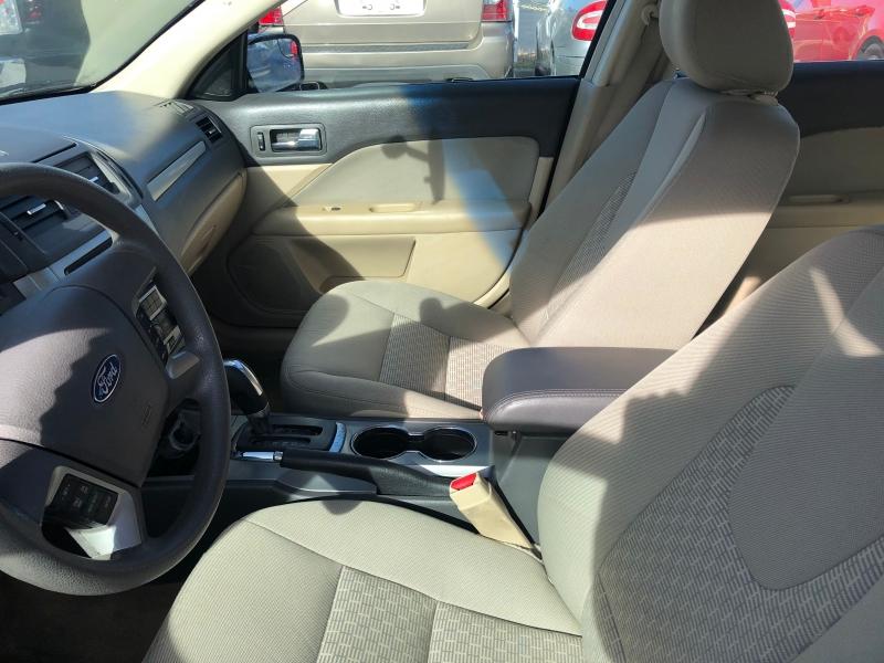 Ford Fusion 2011 price $5,995 Cash