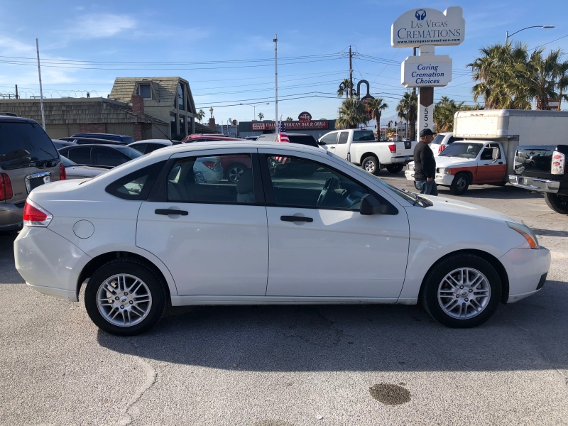 Ford Focus 2009 price $4,495 Cash