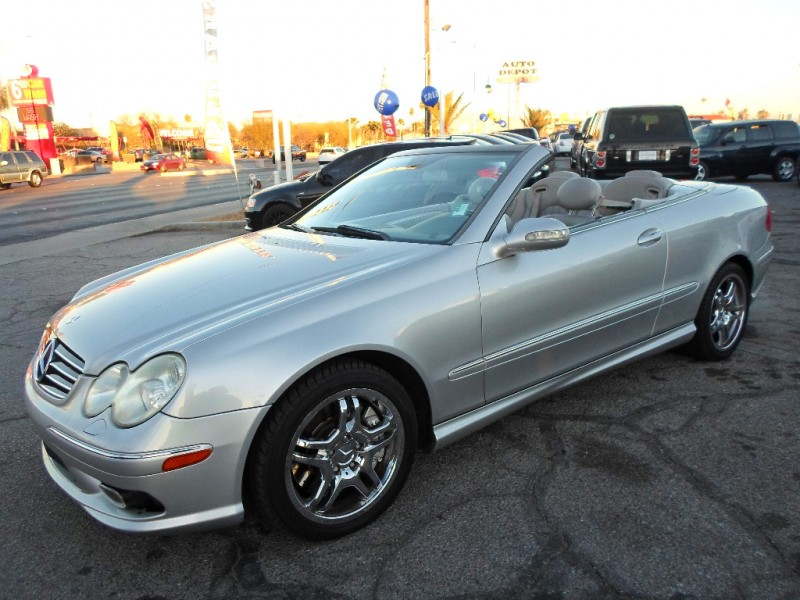 Mercedes-Benz CLK-Class 2004 price $6,995