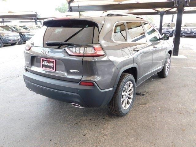 Jeep Cherokee 2019 price $33,119