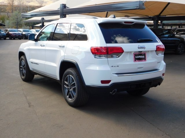 Jeep Grand Cherokee 2019 price $43,603