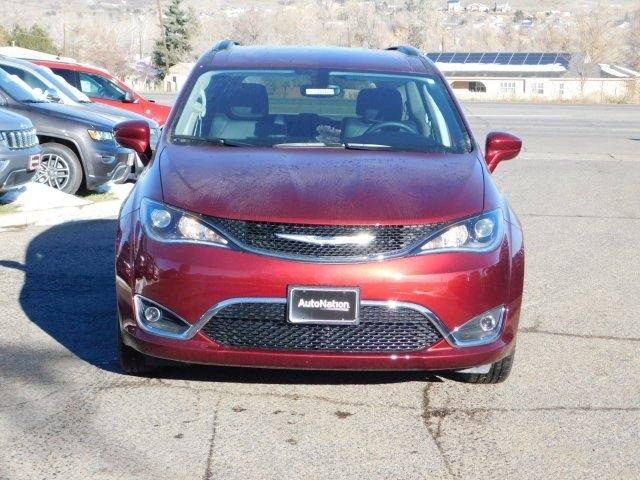 Chrysler Pacifica 2019 price $34,482