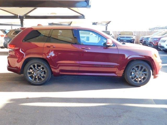 Jeep Grand Cherokee 2019 price $56,074