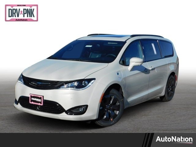 Chrysler Pacifica 2019 price $48,398