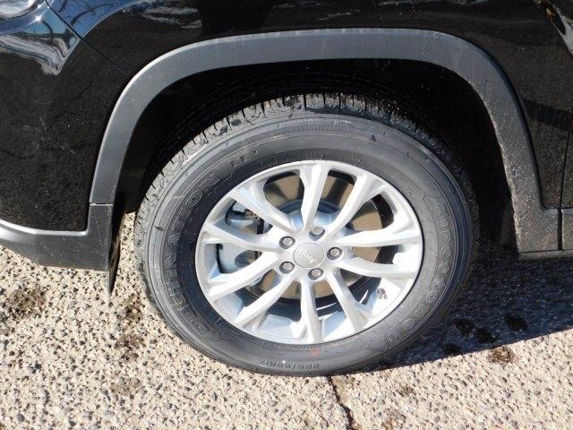 Jeep Cherokee 2019 price $27,882