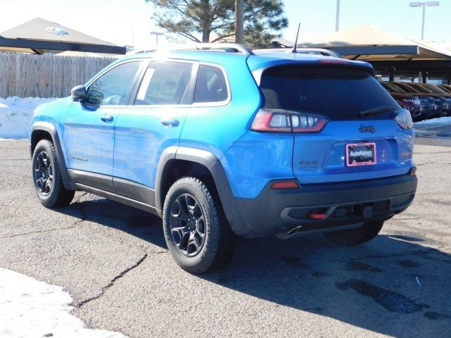 Jeep Cherokee 2019 price $33,117