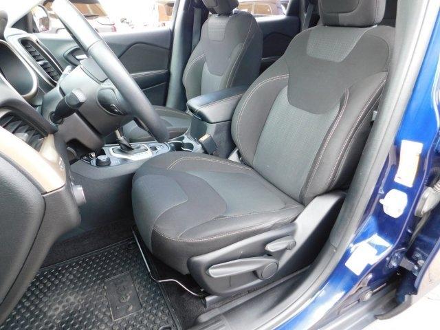 Jeep Cherokee 2016 price $18,999