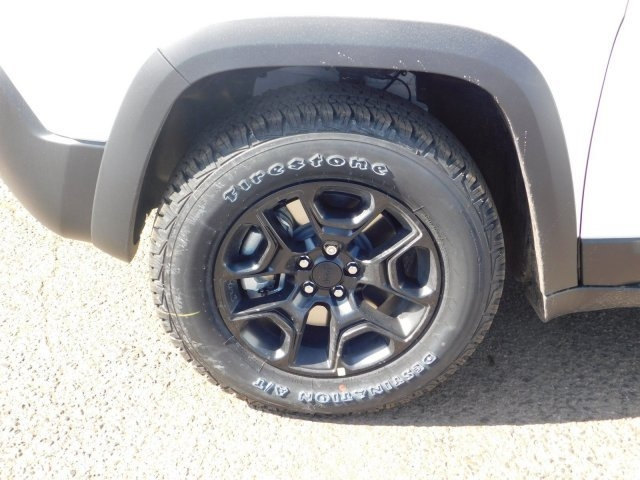 Jeep Cherokee 2019 price $36,384