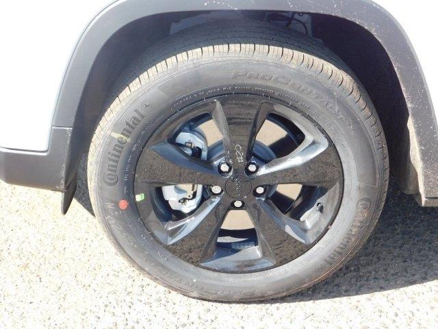 Jeep Cherokee 2019 price $31,874