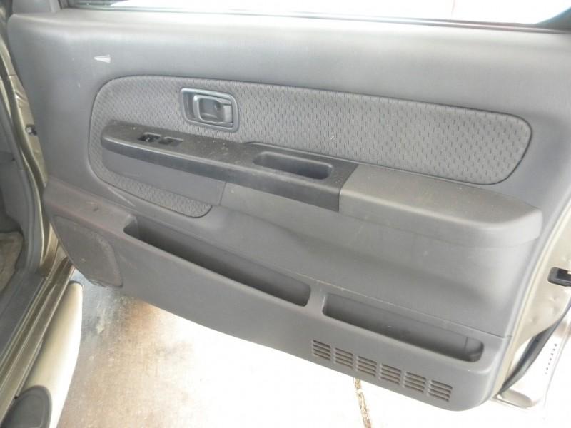Nissan Xterra 2002 price $8,995