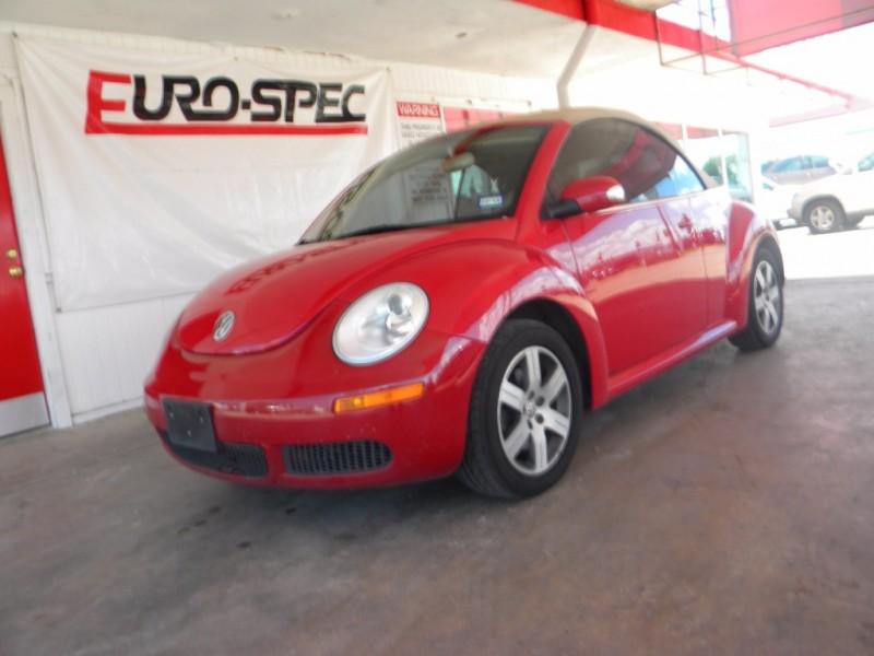 Volkswagen New Beetle Convertible 2006 price $9,995