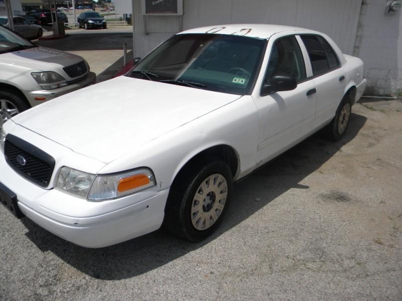Ford Police Interceptor 2004 price $0