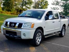 Nissan TITAN 2004