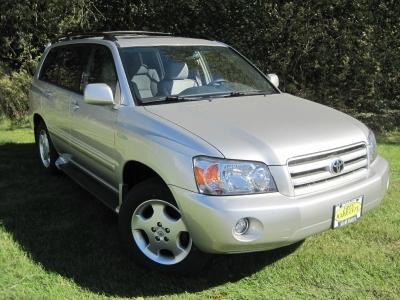 2005 Toyota Highlander 4dr V6 4WD