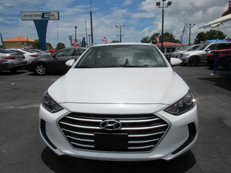 Hyundai Elantra 2017 price $8,495