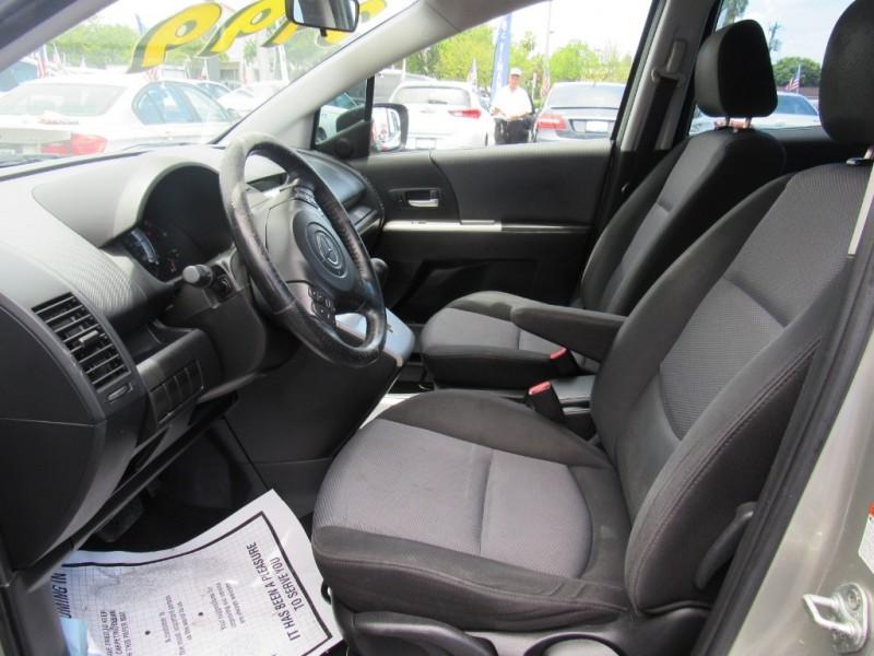 Mazda Mazda5 2006 price $3,495