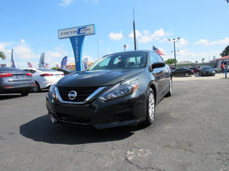Nissan Altima 2016 price $9,495