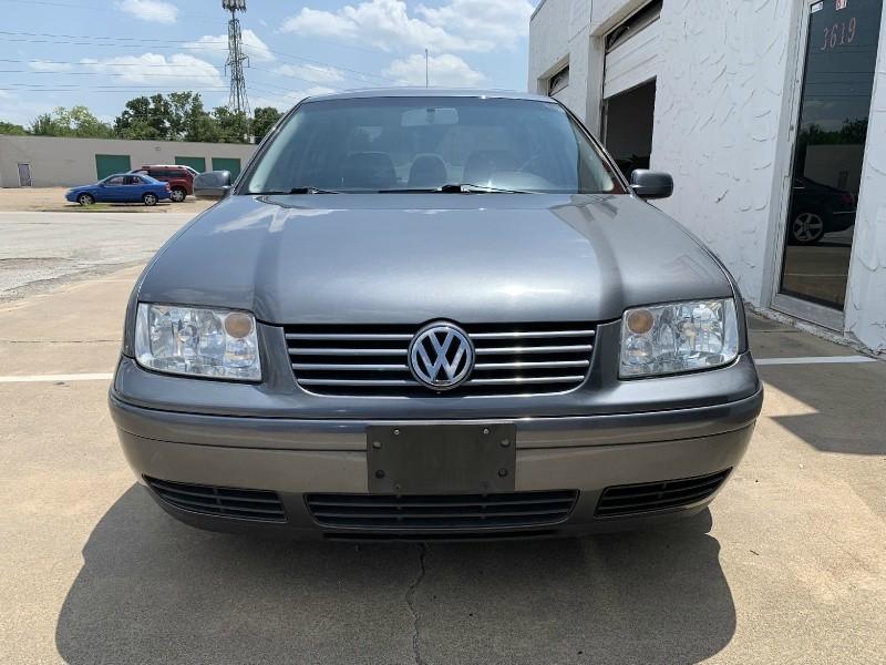 Volkswagen Jetta 2003 price $3,699