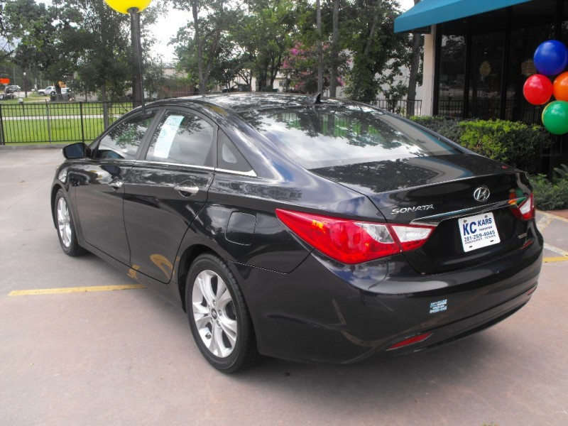 Hyundai Sonata 2011 price Call for Pricing.