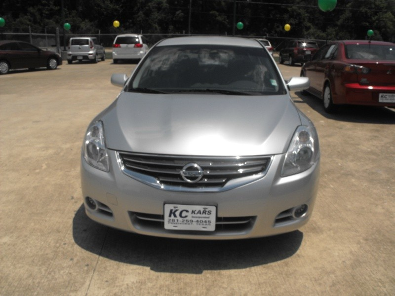 Nissan Altima 2010 price Call for Pricing