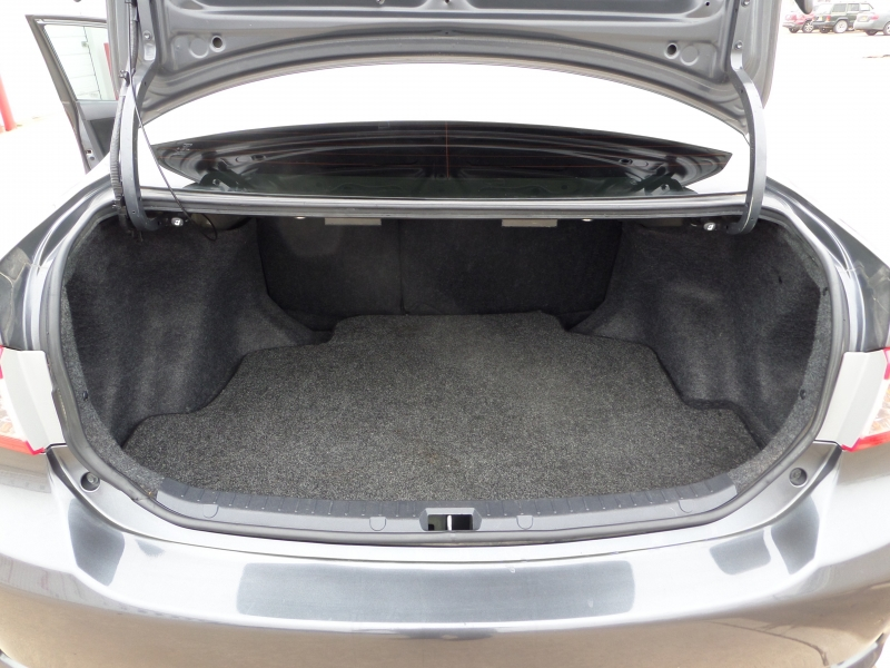 Toyota Corolla 2012 price $7,950