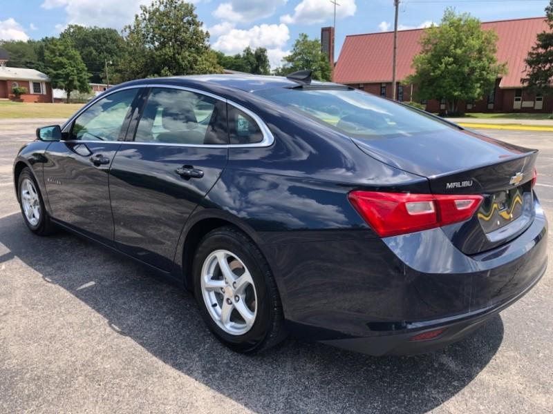 Chevrolet Malibu 2017 price $12,299