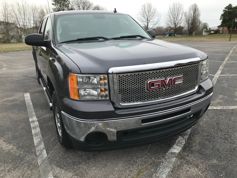 GMC Sierra 1500 2010 price $15,990