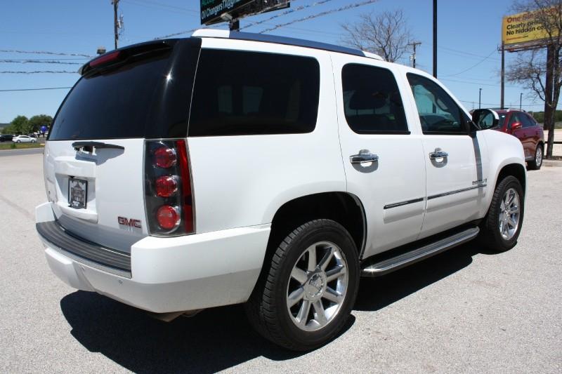 GMC Yukon Denali 2009 price $16,988