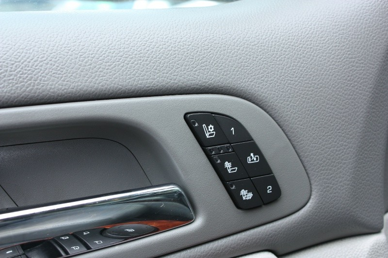 Chevrolet Tahoe 2011 price $14,988