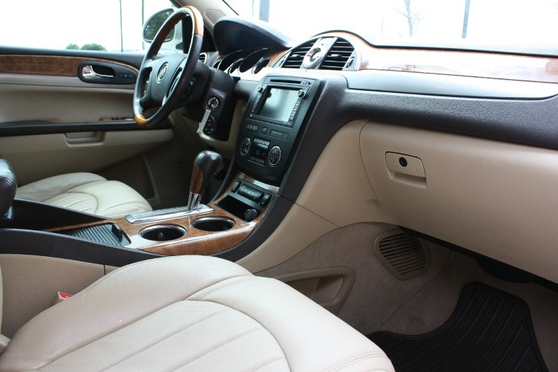 Buick Enclave 2012 price $10,988