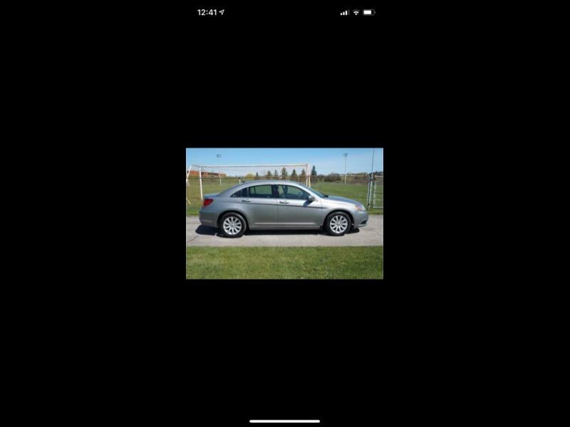 Chrysler 200 2014 price $1,500
