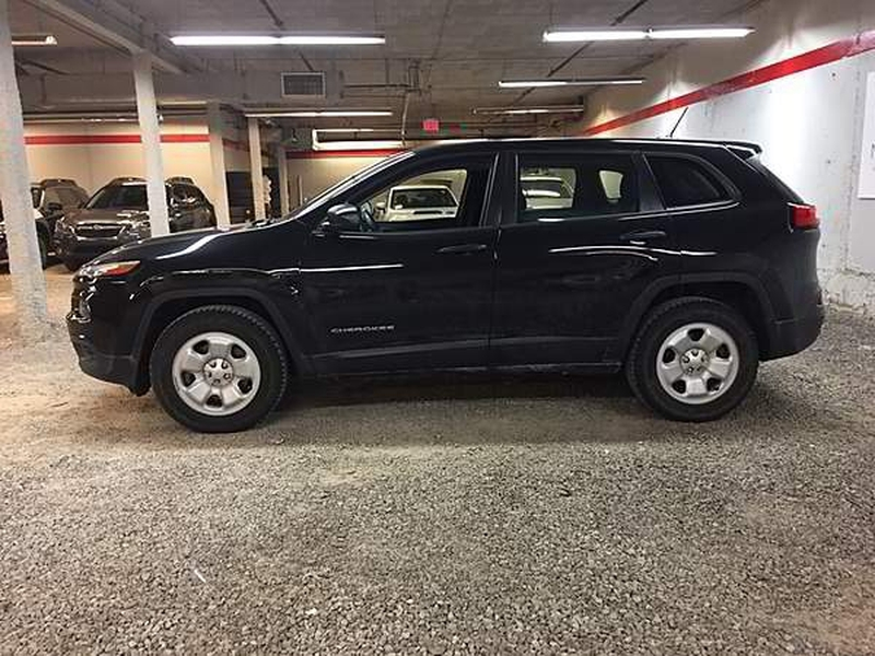 Jeep Cherokee 2014 price $7,999