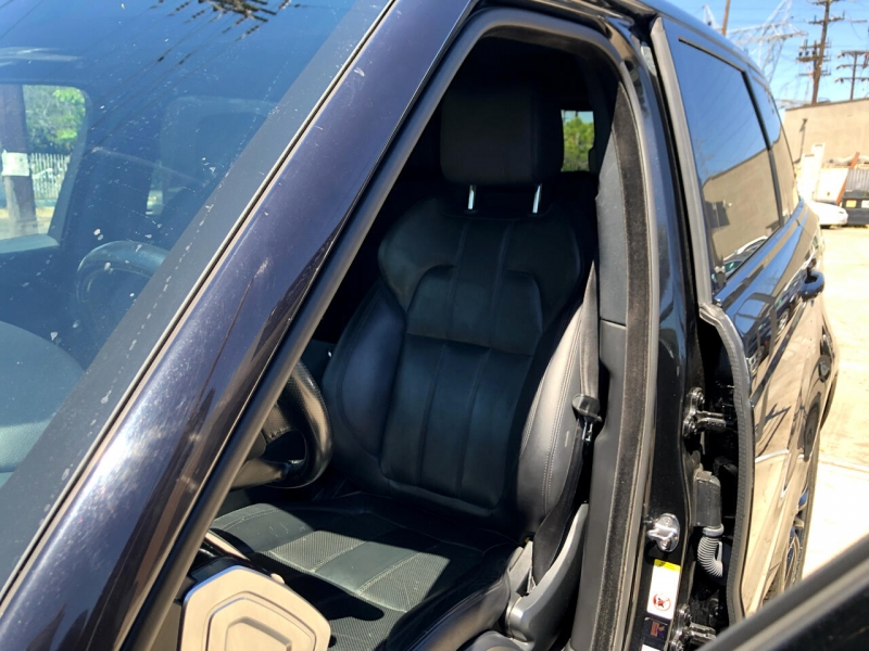 Land Rover Range Rover Sport 2014 price $29,995