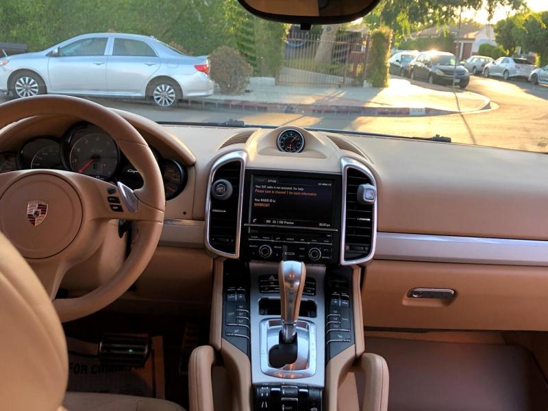 Porsche Cayenne 2013 price $35,995