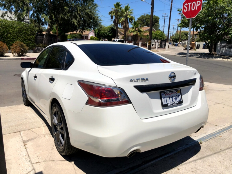Nissan Altima 2015 price $10,495