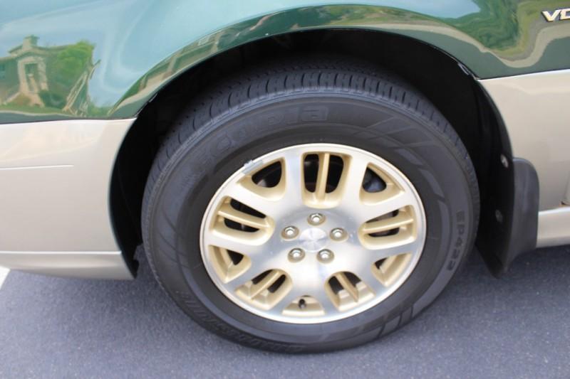 Subaru Legacy 2001 price $3,998