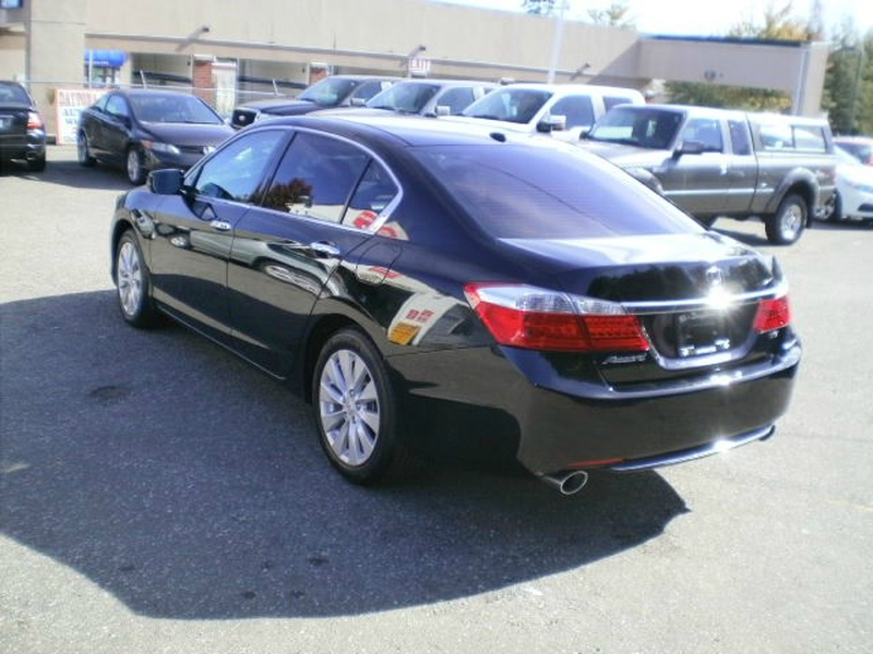 Honda Accord Sdn 2013 price $19,580