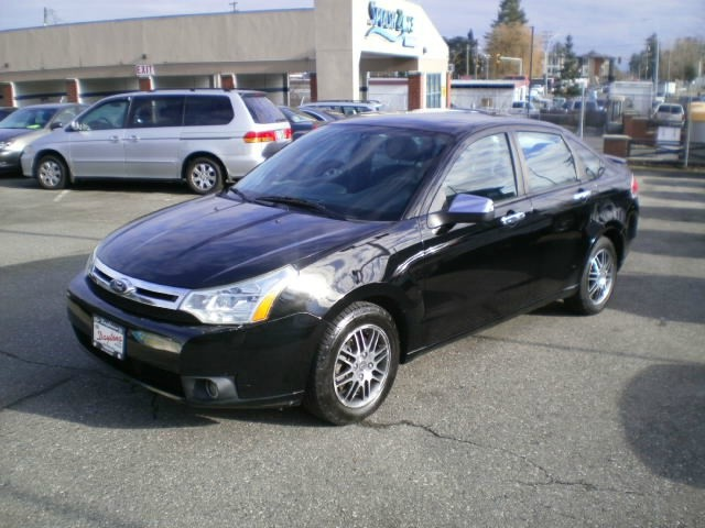 Ford Focus 2011 price $5,580