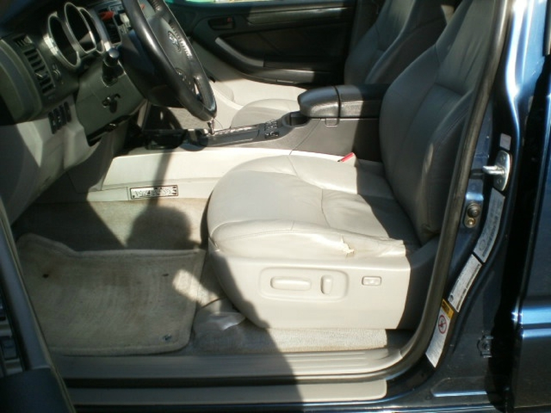 Toyota 4Runner 2004 price $13,580