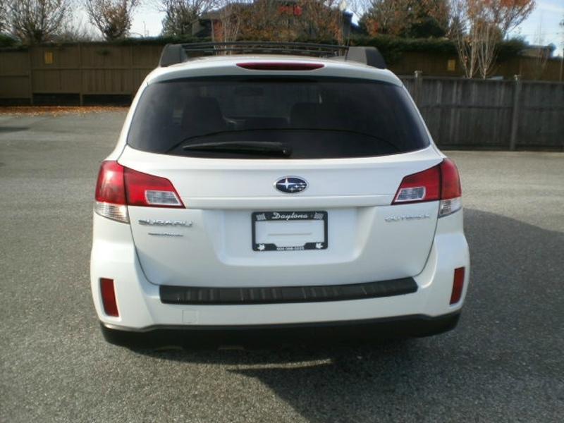 Subaru Outback 2011 price $11,580