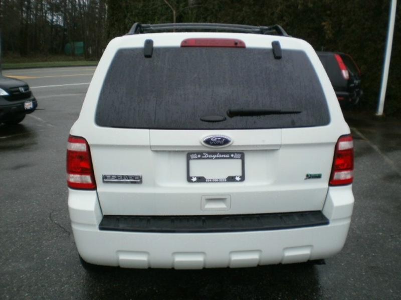Ford Escape 2011 price $5,980
