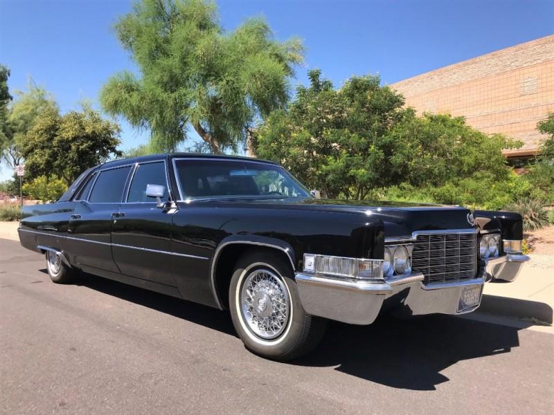Cadillac Series 75 Sedan (Limousine) 1969 price $22,900